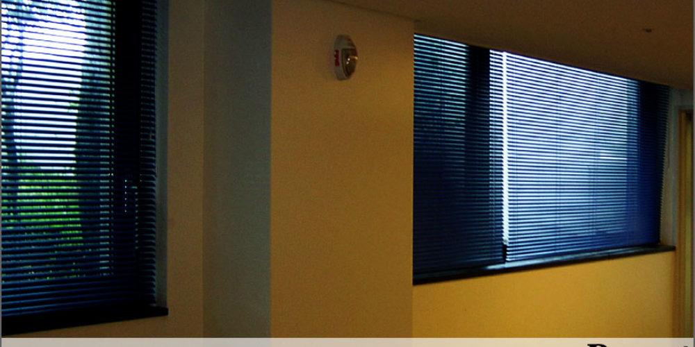 Venetion-Blinds-image_03-1