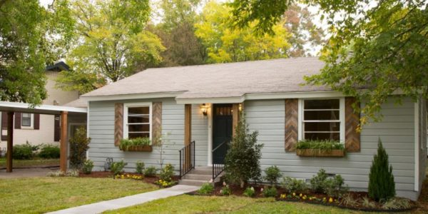 Wooden-Shutters-Exterior-Awesome-945x532